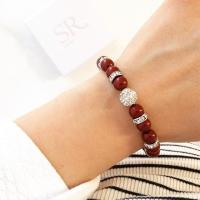 Perlenarmband rot Hochzeit Glitzerperle Armband mit Perlen für die Braut. Perlenarmbänder bordeauxrot  kaufen.